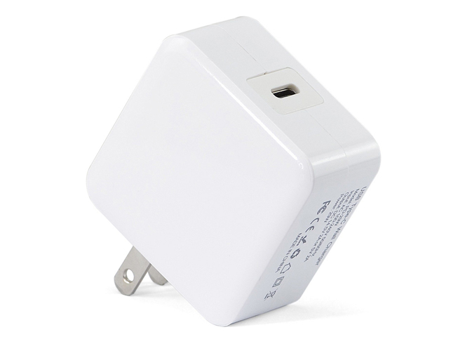 APPLE A1540 adapter
